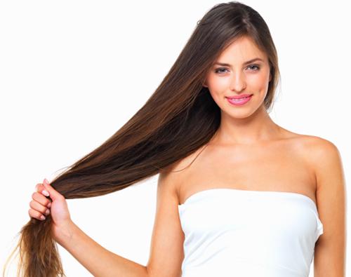 Όλα τα μυστικά για μακριά και εντυπωσιακά μαλλιά που όλες λατρέυετε!