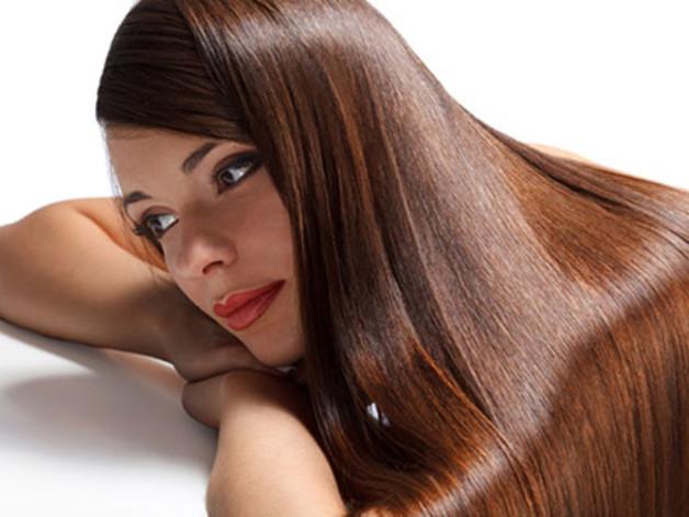 Αγαπημένες συνήθειες που καταστρέφουν  τα μαλλιά σας!