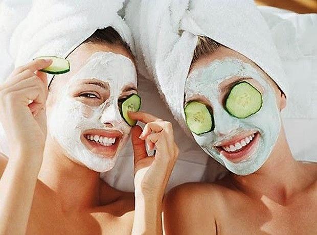 4+1 Θαυματουργές μάσκες προσώπου από δροσερά φρούτα.