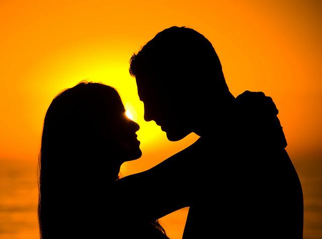 """Καρμική σχέση: """"έχουμε φτιαχτεί ο ένας για τον άλλον"""""""